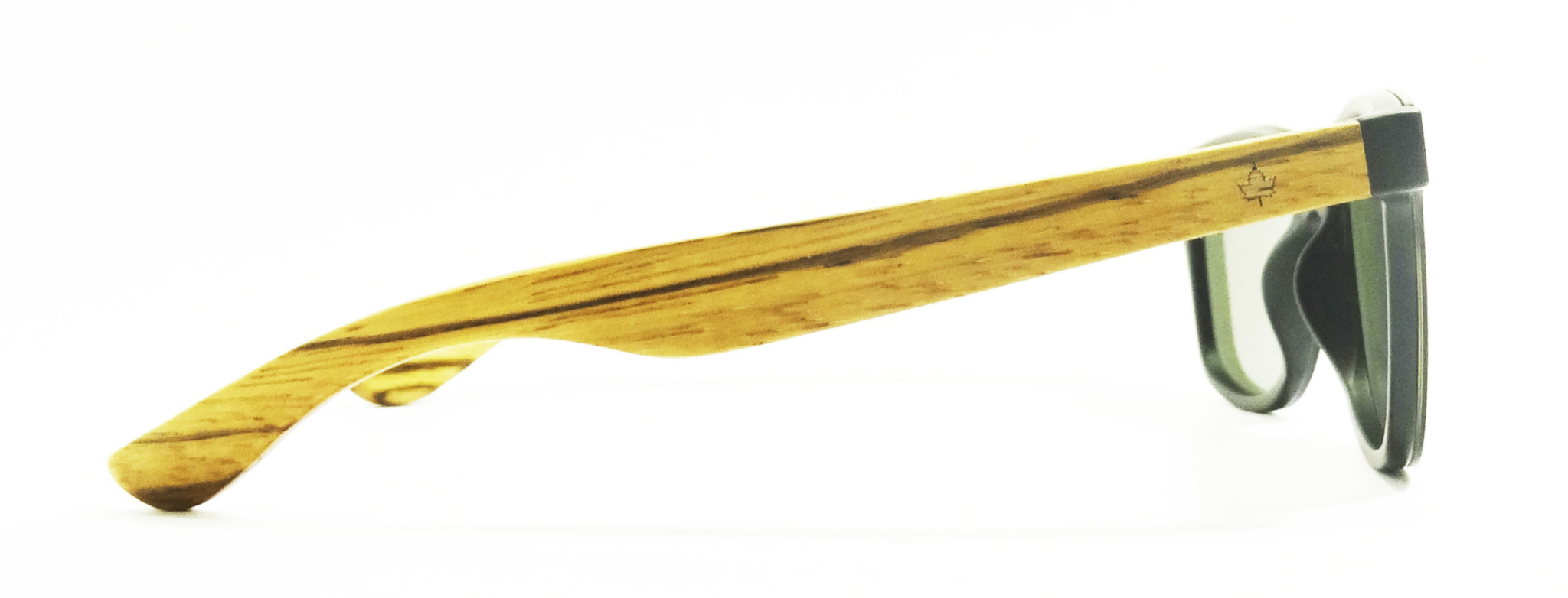 a5c2b067-200d-gafas-de-sol